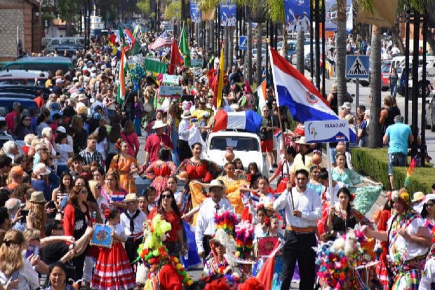 Тридцать три страны участвуют в Международной ярмарке народов в Фуэнхирола