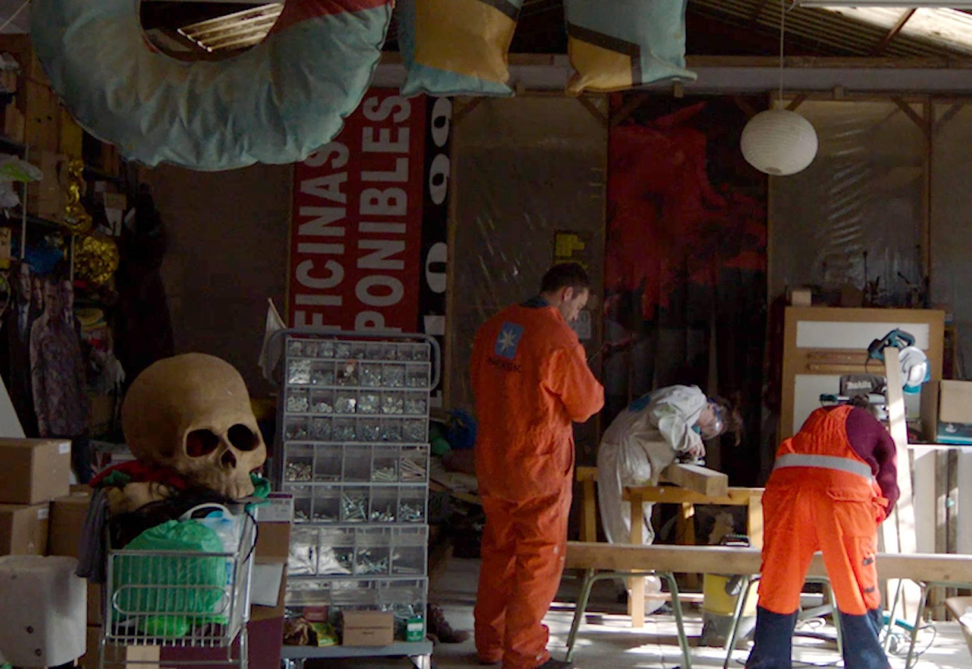 Креативная команда жителей Мадрида превращает мусор в искусство
