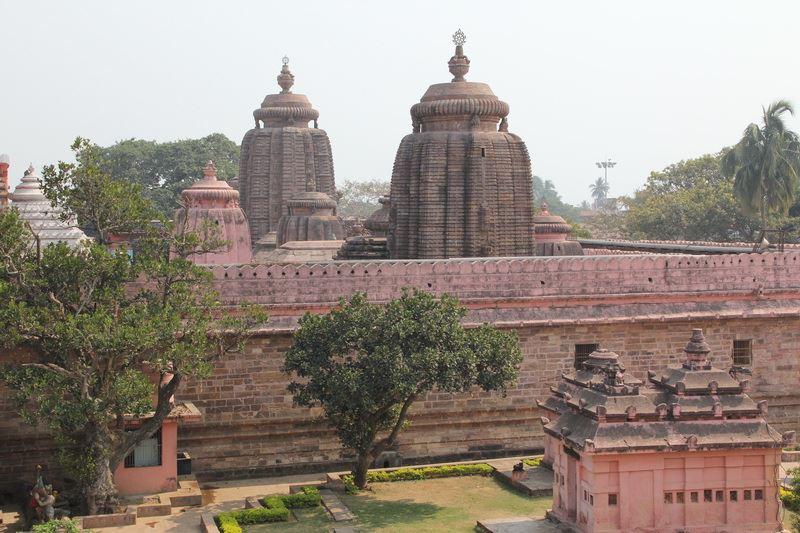 В Индии туристов попросили покинуть город Пури из-за циклона