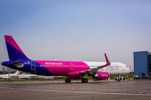 Wizz Air открывает два новых рейса из Киева в Европу